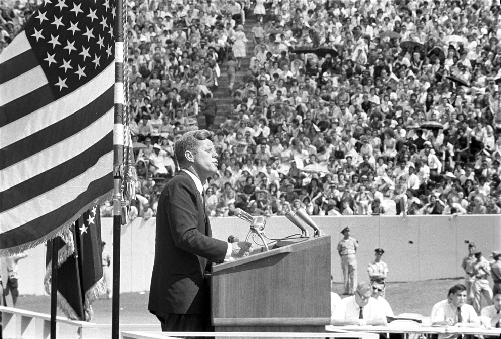 an analysis of kennedys 1962 speech on the rise in steel prices Rhetorical analysis essays steel prices by 35 percent she delivered the following speech before the convention of the.