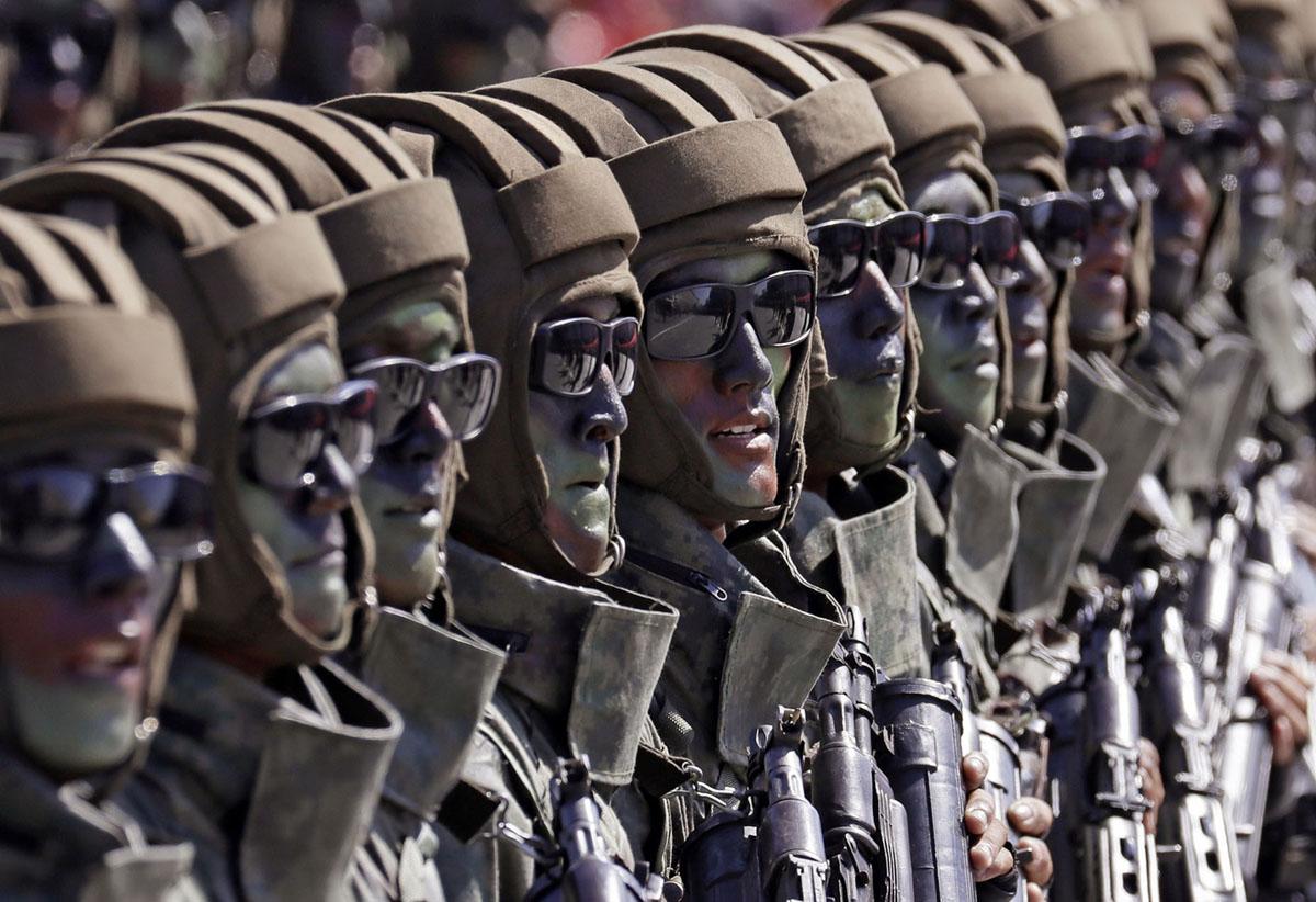 Північнокорейські десантники.