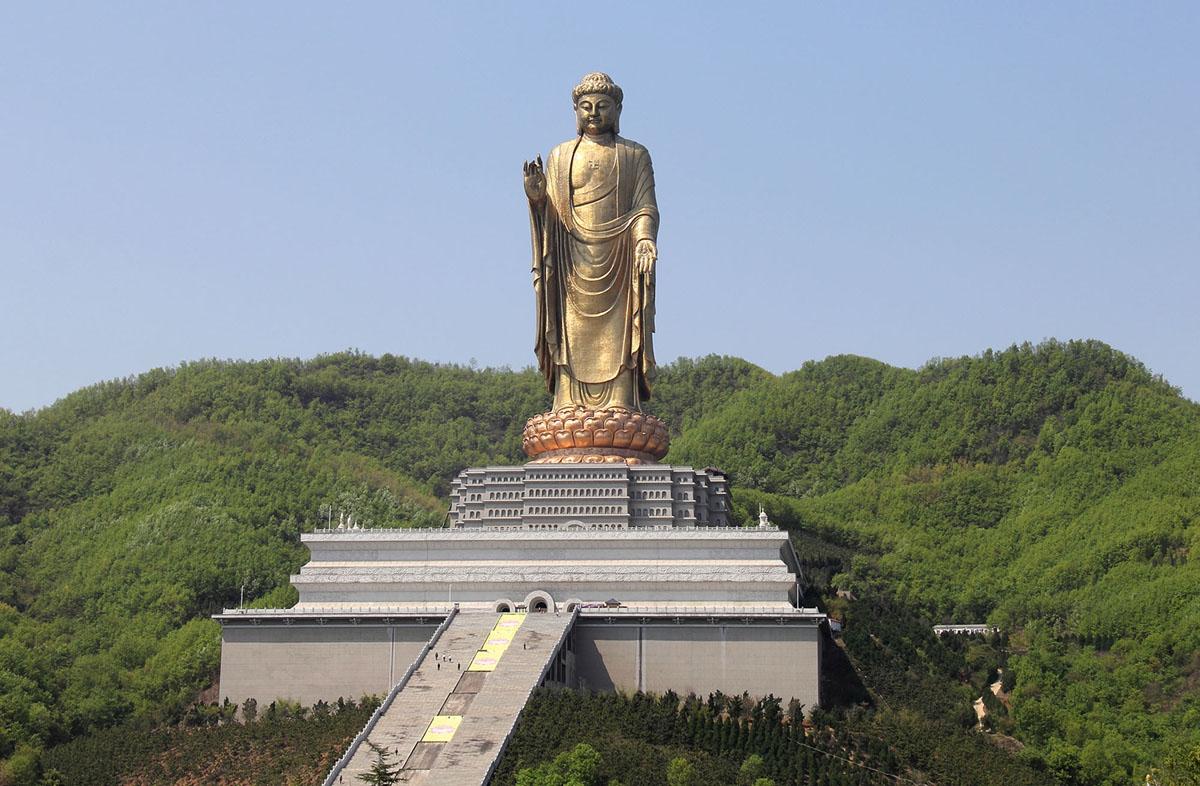 сделать фото самая большая скульптура в мире фото примеры человеческой лени